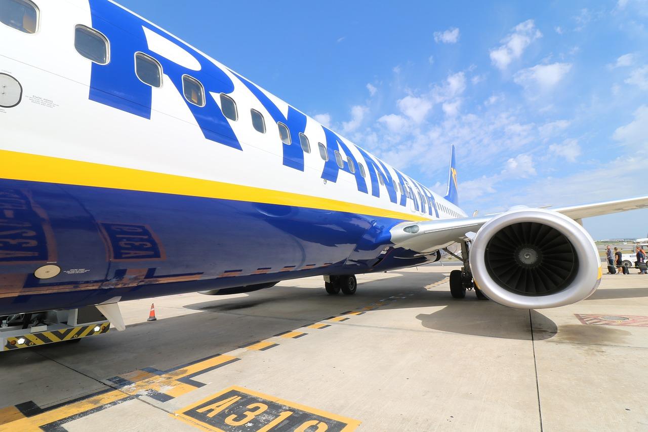 Lavoro con Ryanair come Assistenti di Volo  Selezioni in