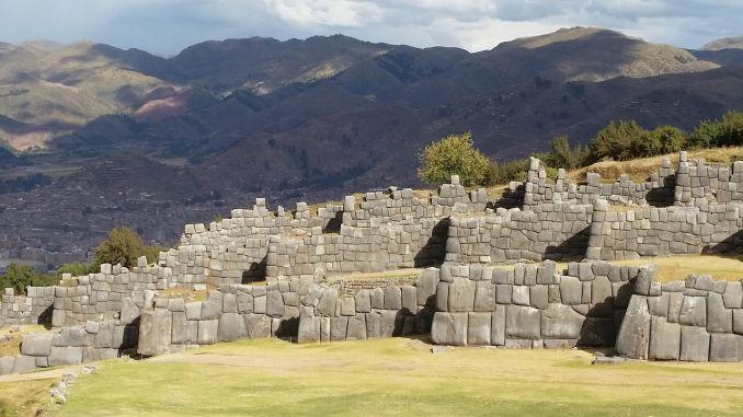 Mura di Sacsayhyaman, Perù