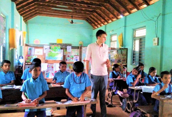 lavori che ti fanno viaggiare insegnante
