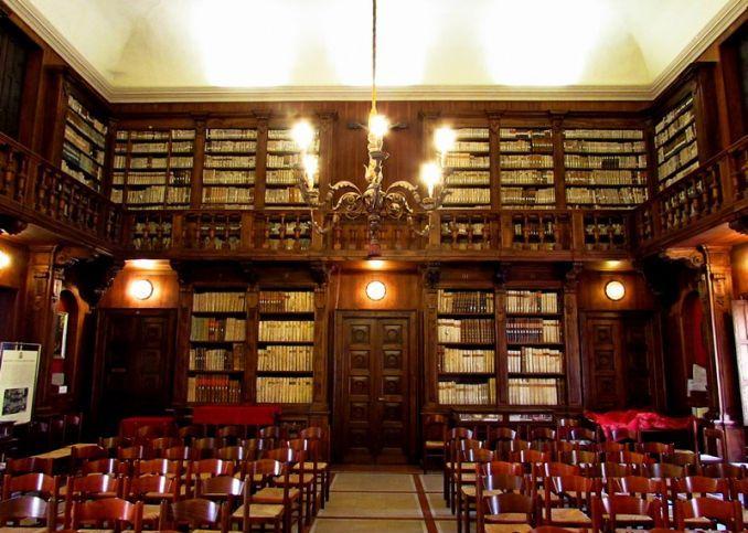 Biblioteca capitolare verona è tra le biblioteche più antiche del mondo
