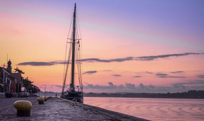 tramonto sul mare Kiel germania