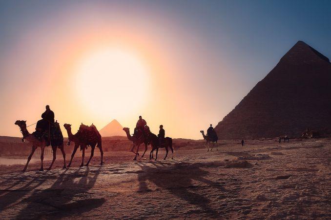 Visto Egitto, Piramide, Deserto, Carovana