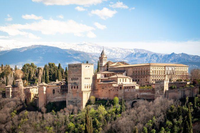 Alhambra spagna castelli medievali in europa