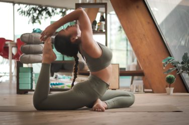 corsi di yoga online gratis