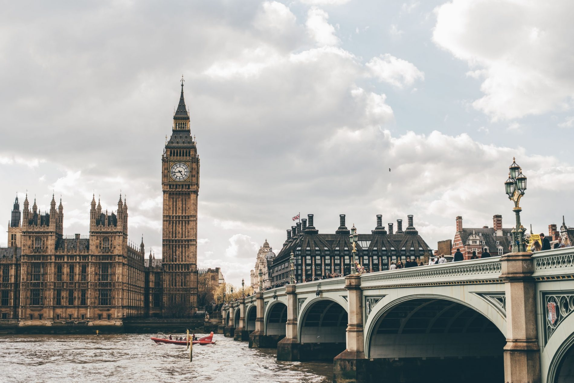 Lavoro Londra vitto alloggio in ostello